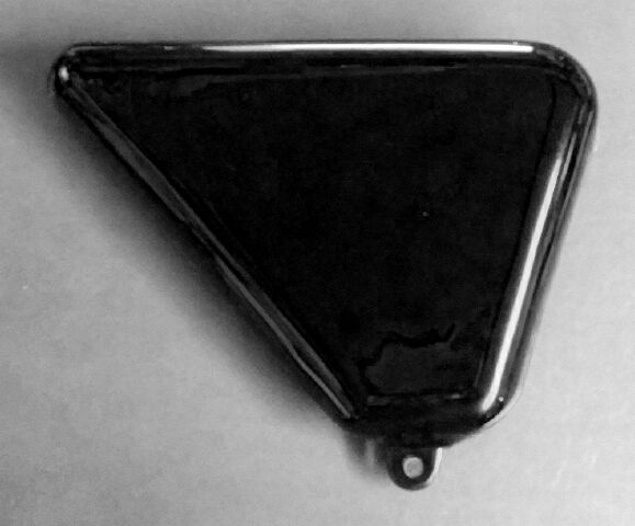 Norton Roadster Mk3 side cover LH - Classic Bike Spares