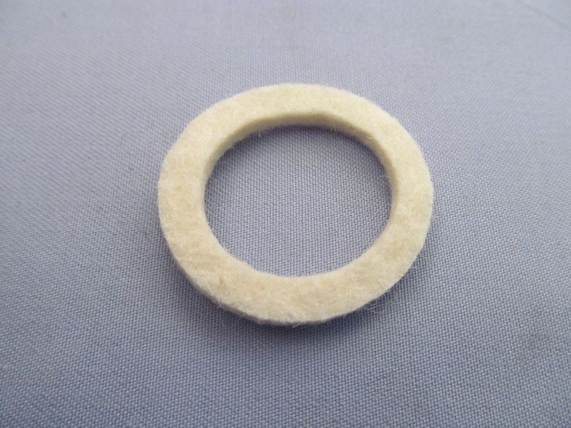 Norton wheel bearing felt seal - Classic Bike Spares