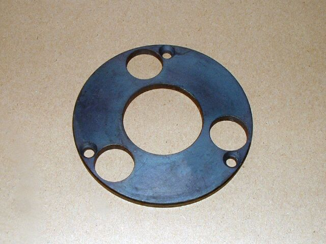 571724 Triumph clutch centre outer retaining plate, 3 spring - 373751 Triumph BSA speedo drive lock ring, conical hub - 373750 Triumph rear wheel spacer, conical hub - 577010 Triumph left hand gearchange lever T140 1976-83 - Classic Bike Spares