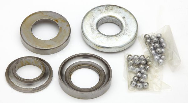 Set of steering head bearings, BSA & Triumph - Classic Bike Spares