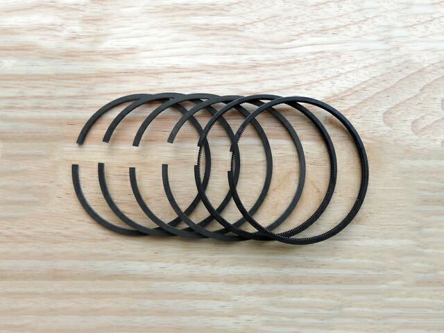 Triumph T140 piston ring set - Classic Bike Spares