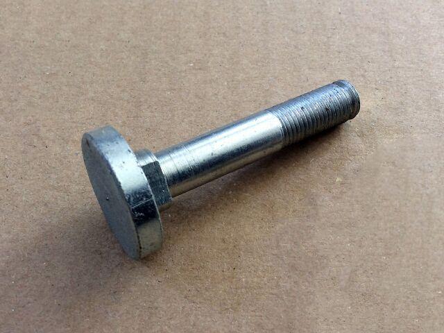 066434 Norton Commando Mk3 shock absorber bottom bolt - Classic Bike Spares