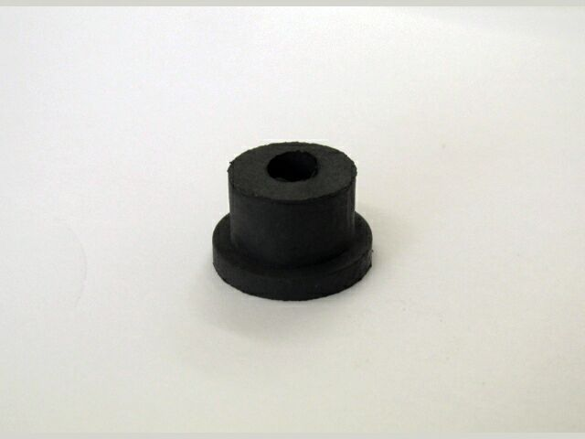 Triumph/BSA OIF battery carrier grommet - Classic Bike Spares