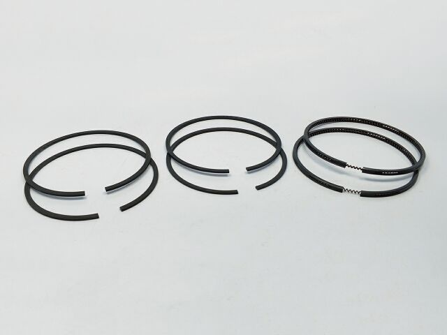 Triumph 750 piston ring set - Classic Bike Spares