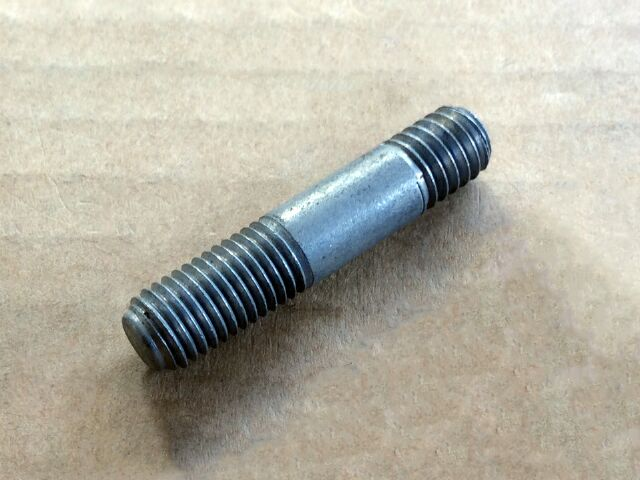 211863 Triumph oil pipe junction block stud - Classic Bike Spares